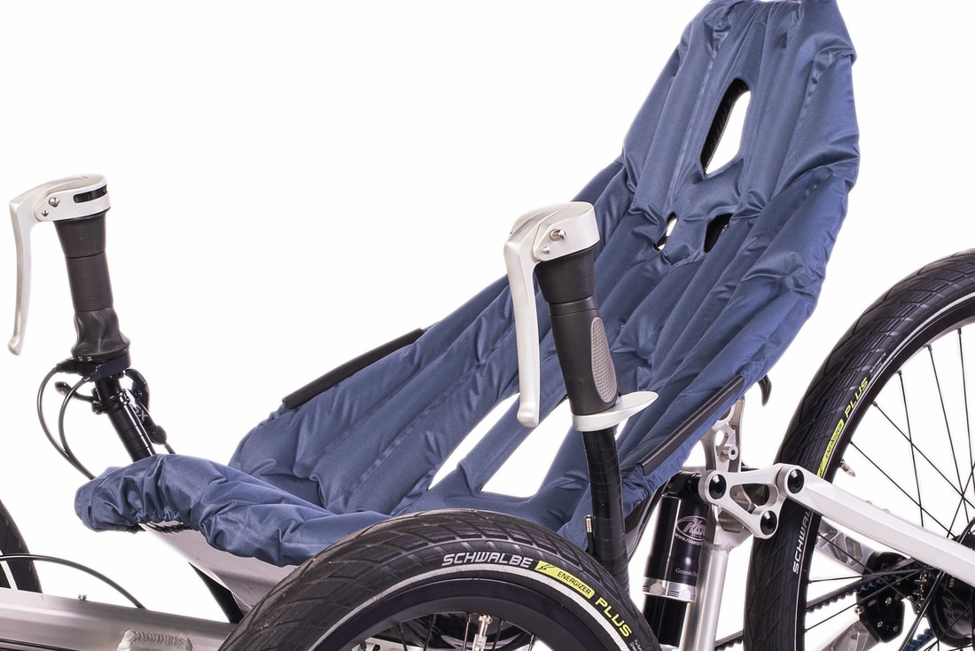 Triot trike inflatable seat cushion